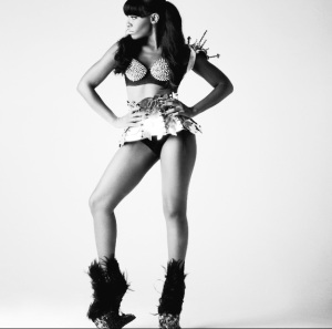 CLICK PICTURE TO WATCH Dawn Richard IN ACTION